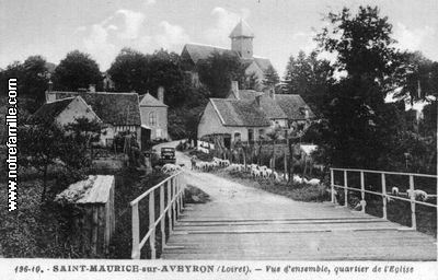 AVEYRON_-__St._Maurice-sur-aveyron_vue_densemble_quyartier_de_leglise