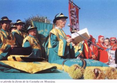Auvernia_fiesta_de_la_castaa_en__Mourjou