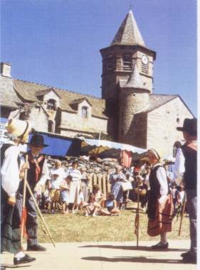 Languedoc_Bzierbailes_folkloricos