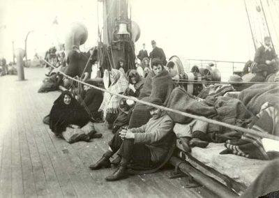 inmigrantes_en_el_barco_2